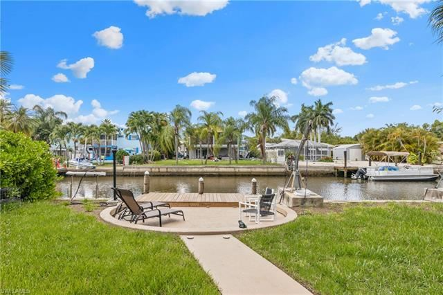 129 Curlew ST, Fort Myers Beach, FL 33931 - #: 220036558