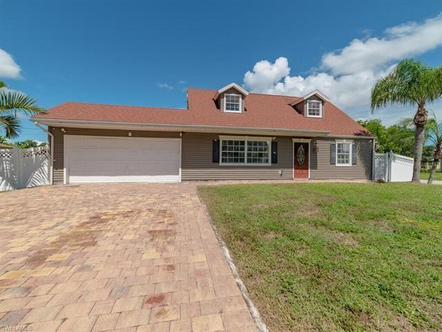 9065 Cypress N DR, Fort Myers, FL 33967 - #: 220062636