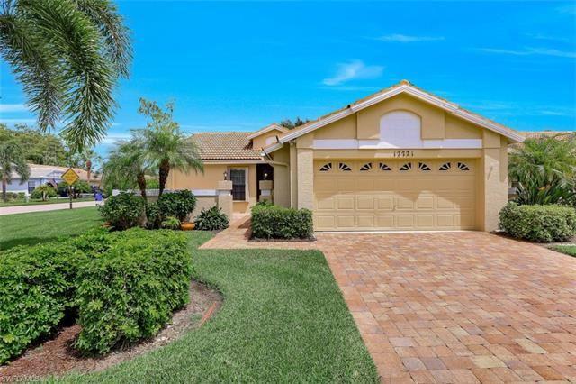 12721 Maiden Cane LN, Bonita Springs, FL 34135 - #: 220053650
