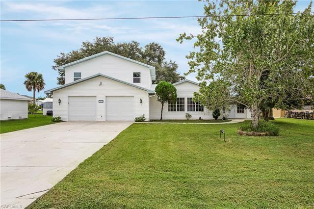 4831 Tarpon AVE, Bonita Springs, FL 34134 - #: 220067764