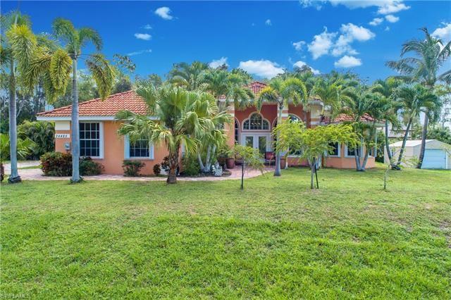 24485 Golden Eagle LN, Bonita Springs, FL 34135 - #: 221054795