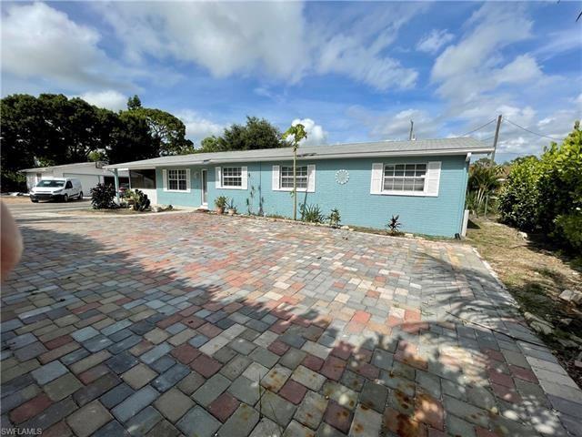 27061 Morgan RD, Bonita Springs, FL 34135 - #: 221044893