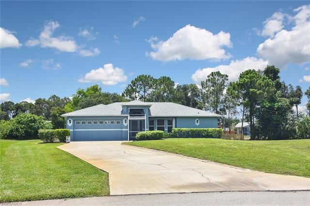 9180 Frank RD, Fort Myers, FL 33967 - #: 221047898