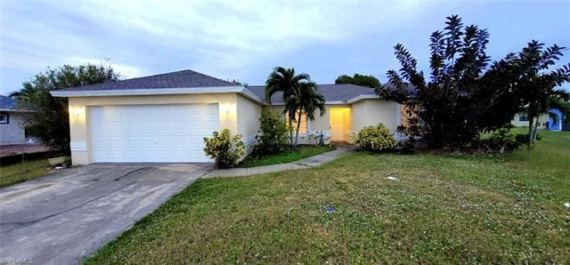 1729 SW 32nd ST, Cape Coral, FL 33914 - #: 221001944