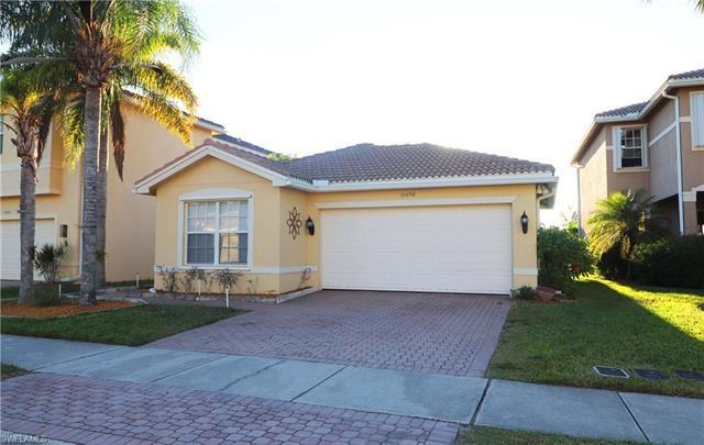 10494 Carolina Willow DR, Fort Myers, FL 33913 - #: 221074947