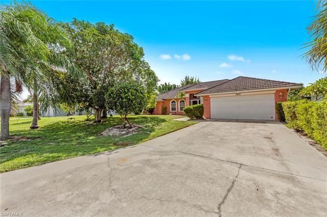 11590 Red Hibiscus DR, Bonita Springs, FL 34135 - #: 220058971