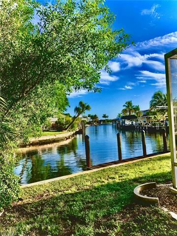 271 Sterling AVE, Fort Myers Beach, FL 33931 - #: 220041990