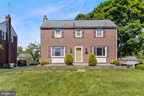 Photo of 232 COLONIAL PARK DR, SPRINGFIELD, PA 19064 (MLS # PADE545000)
