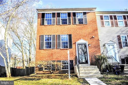 Photo of 12925 CLIMBING IVY DR, GERMANTOWN, MD 20874 (MLS # MDMC696002)