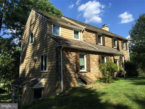 Photo of 639 OLD GULPH RD, BRYN MAWR, PA 19010 (MLS # PAMC649004)
