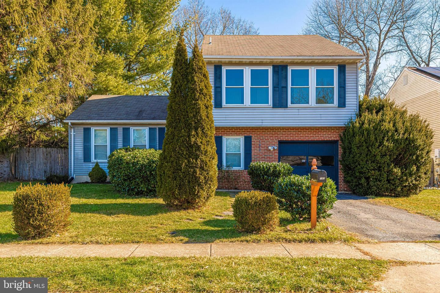 Photo of 182 STONEYBROOK CT, FREDERICK, MD 21702 (MLS # MDFR276004)