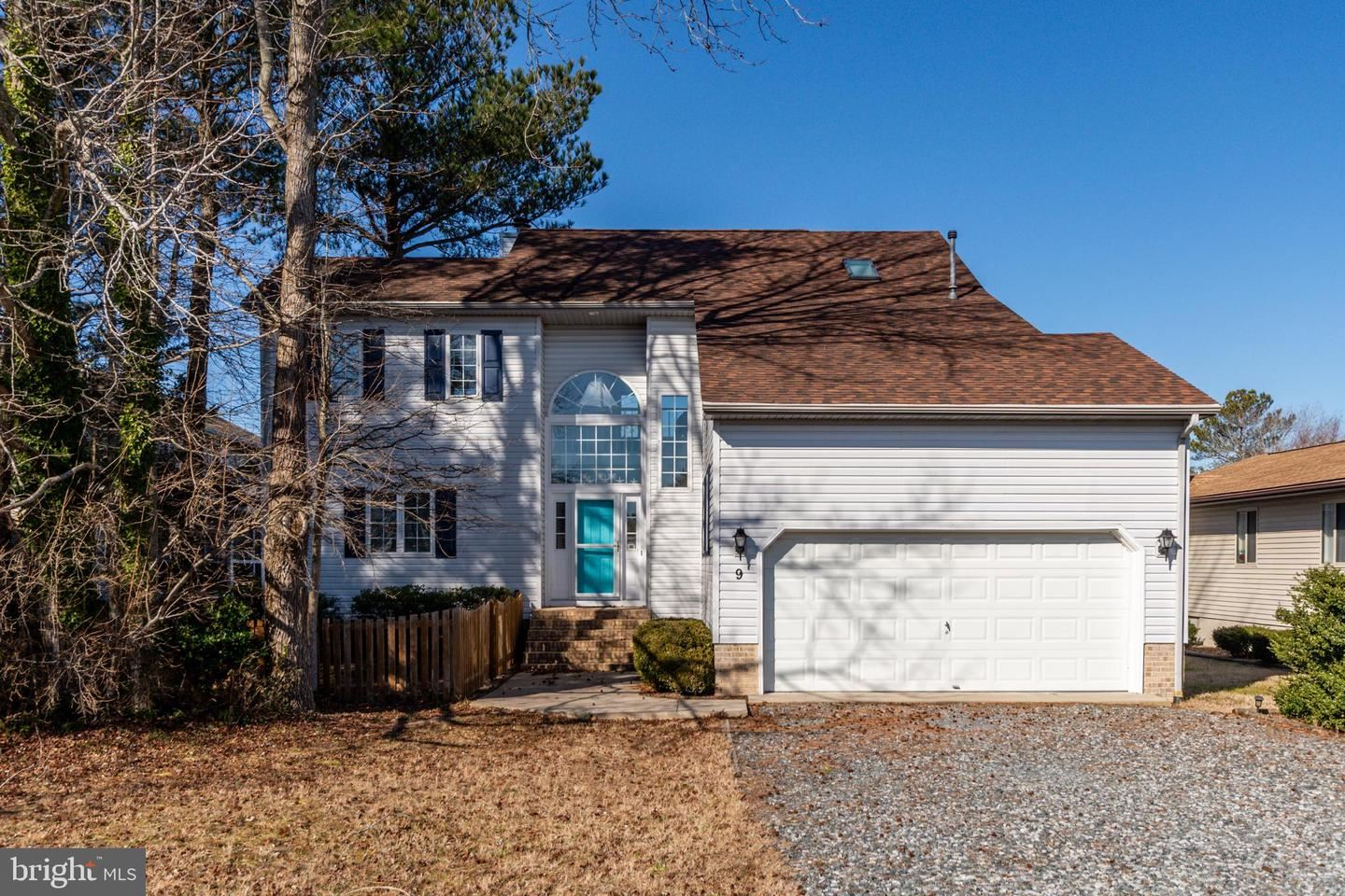 Photo of 9 HARBORVIEW DR, OCEAN PINES, MD 21811 (MLS # MDWO120004)