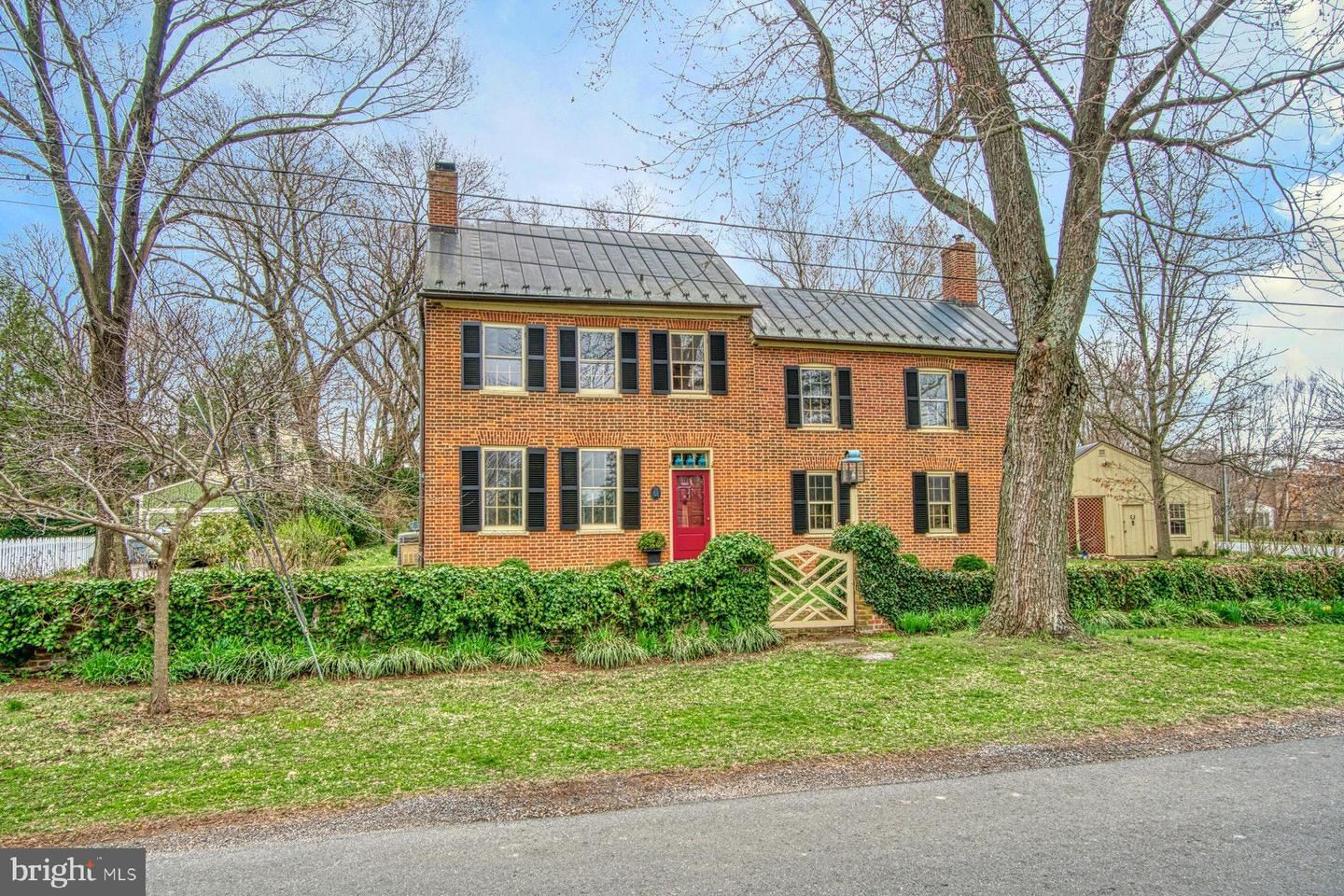 15640 SECOND ST, Waterford, VA 20197 - #: VALO405004