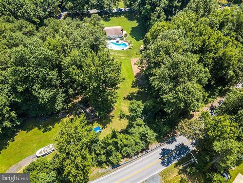 Photo of 1131 WILSON RD, HUNTINGTOWN, MD 20639 (MLS # MDCA174006)