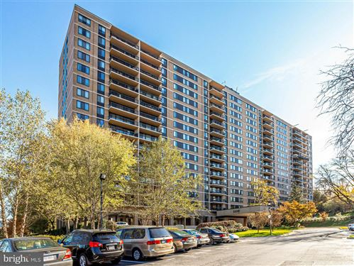 Photo of 5500 HOLMES RUN PKWY #1405, ALEXANDRIA, VA 22304 (MLS # VAAX254008)