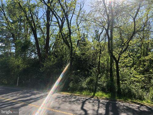 Photo of 1802 LAKEVIEW PKWY, LOCUST GROVE, VA 22508 (MLS # VAOR138008)