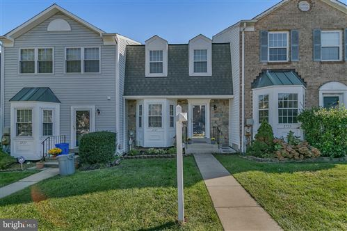 Photo of 2725 SWEET CLOVER CT, SILVER SPRING, MD 20904 (MLS # MDMC727010)