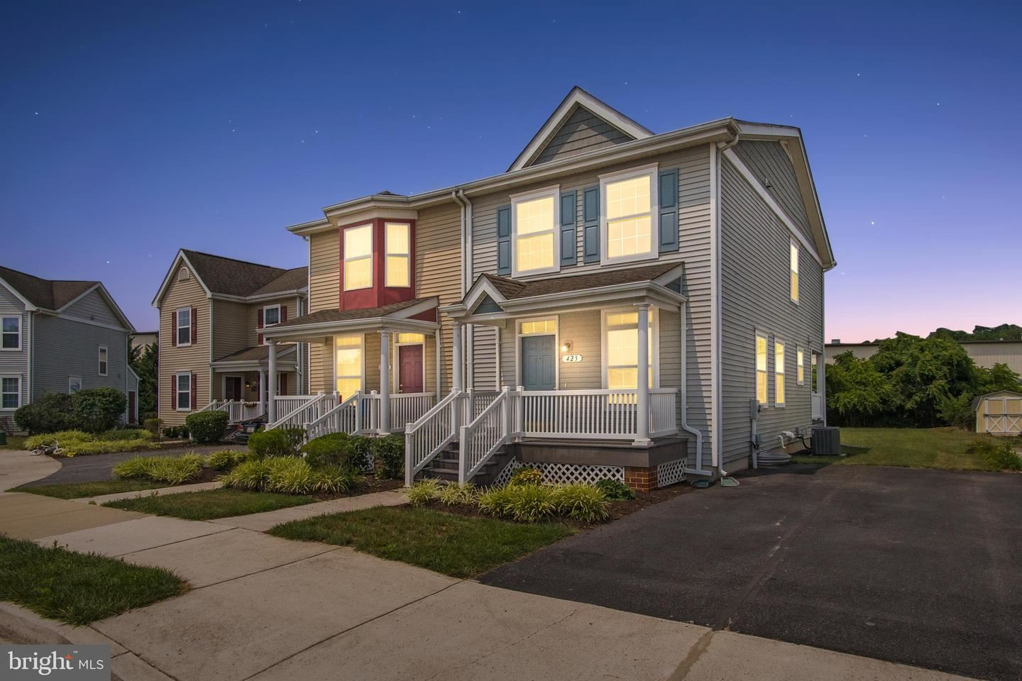 Photo for 423 GANDY DANCER CT, HAGERSTOWN, MD 21740 (MLS # MDWA2001010)
