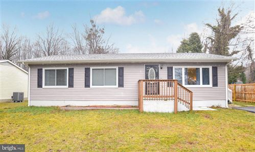 Photo of 924 CRYSTAL ROCK RD, LUSBY, MD 20657 (MLS # MDCA2000012)