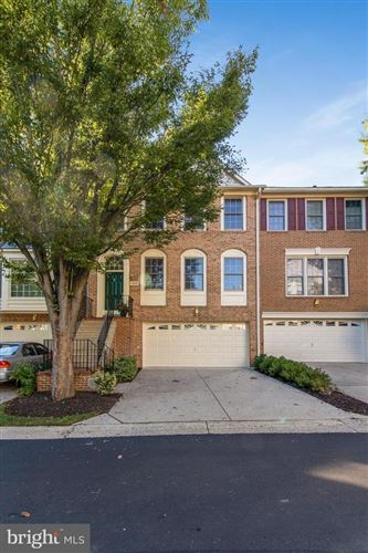 Photo of 11320 HOLLOWSTONE DR, ROCKVILLE, MD 20852 (MLS # MDMC2018012)