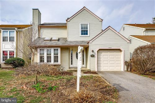 Photo of 11218 VALLEY BEND DR, GERMANTOWN, MD 20876 (MLS # MDMC694012)
