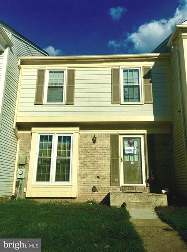 Photo of 13144 COUNTRY RIDGE DR, GERMANTOWN, MD 20874 (MLS # MDMC721012)
