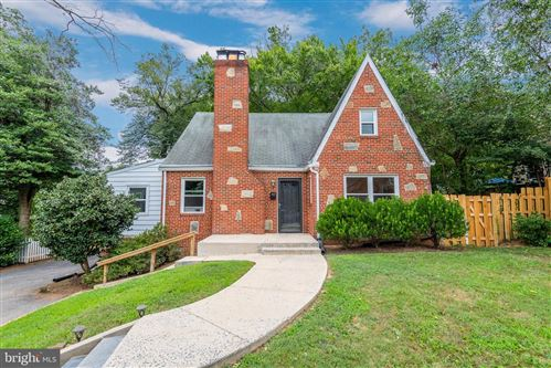 Photo of 9115 FLOWER AVE, SILVER SPRING, MD 20901 (MLS # MDMC719018)