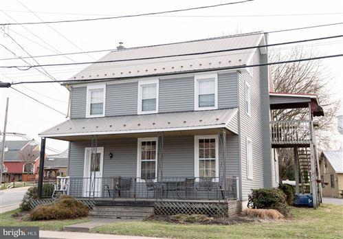 Photo of 3598 E NEWPORT RD, GORDONVILLE, PA 17529 (MLS # PALA162018)