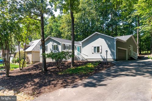 Photo of 703 GOLD VALLEY RD, LOCUST GROVE, VA 22508 (MLS # VAOR135018)