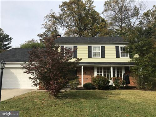 Photo of 10820 GAINSBOROUGH RD, POTOMAC, MD 20854 (MLS # MDMC685020)