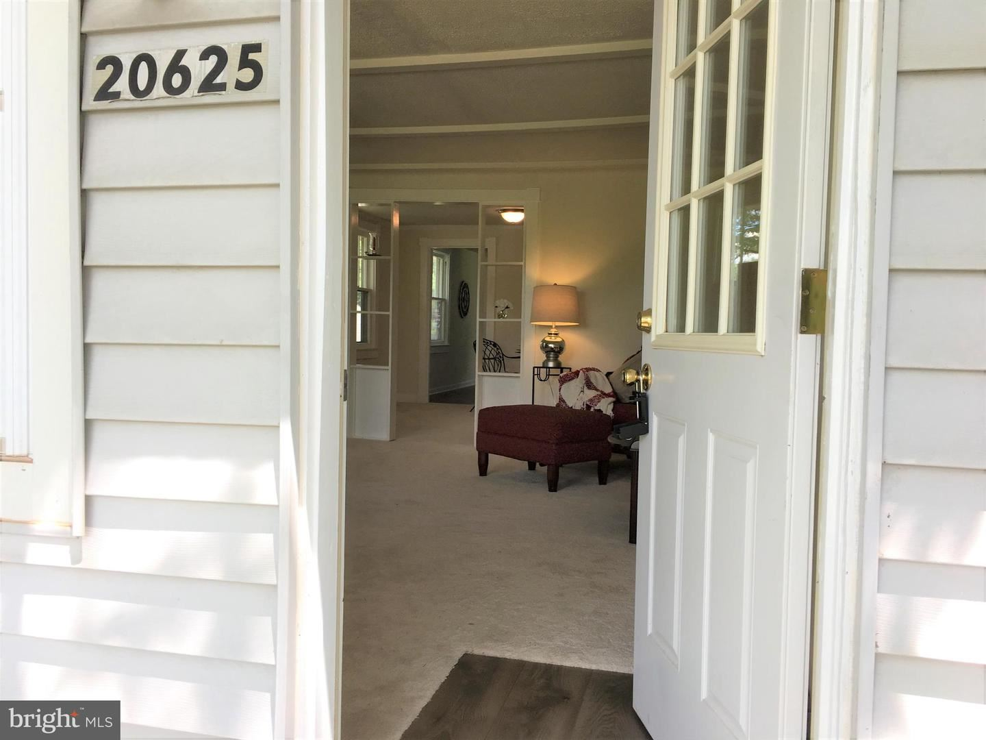 Photo of 20625 WHITES FERRY RD, POOLESVILLE, MD 20837 (MLS # MDMC714020)