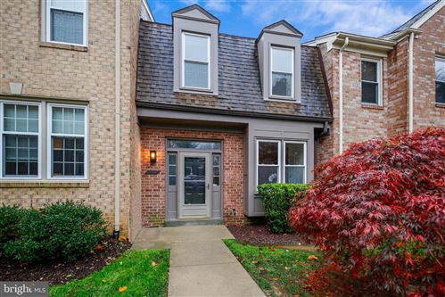 Photo of 10712 PINE HAVEN TER, ROCKVILLE, MD 20852 (MLS # MDMC734022)