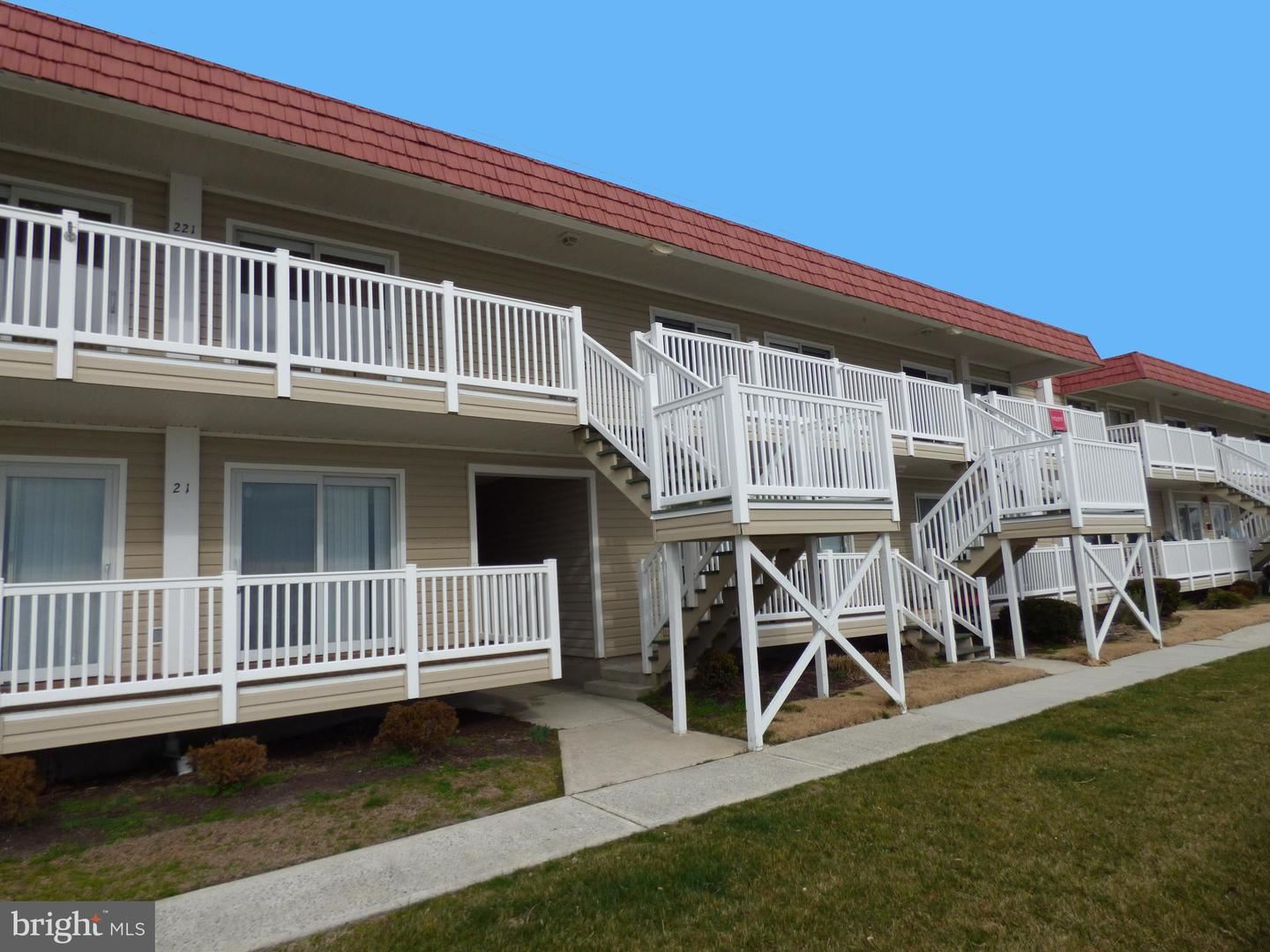 Photo for 8904 RUSTY ANCHOR RD #22103, OCEAN CITY, MD 21842 (MLS # MDWO112024)