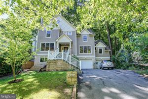 Photo of 5315 TUSCARAWAS RD, BETHESDA, MD 20816 (MLS # MDMC664026)