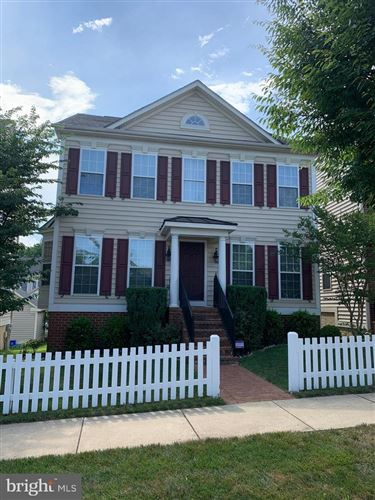 Photo of 23114 TURTLE ROCK TER, CLARKSBURG, MD 20871 (MLS # MDMC717026)
