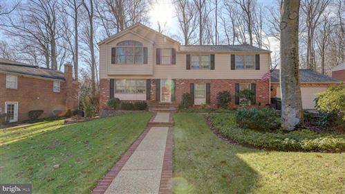Photo of 8247 TOLL HOUSE RD, ANNANDALE, VA 22003 (MLS # VAFX1177026)