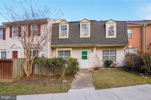 Photo of 12067 GATEWATER DR, ROCKVILLE, MD 20854 (MLS # MDMC742028)