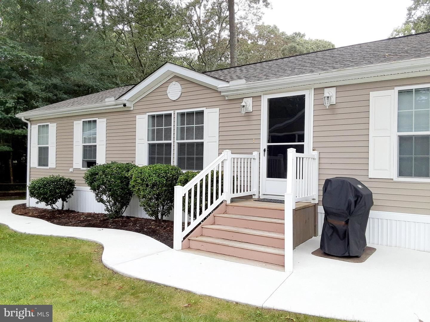 Photo of 26517 INLET COVE #52844, MILLSBORO, DE 19966 (MLS # DESU170028)