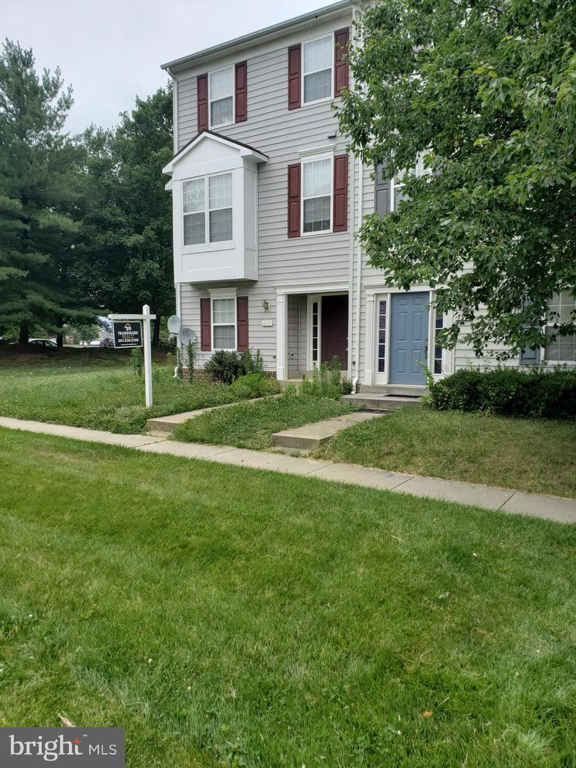 Photo of FREDERICK, MD 21702 (MLS # MDFR267028)