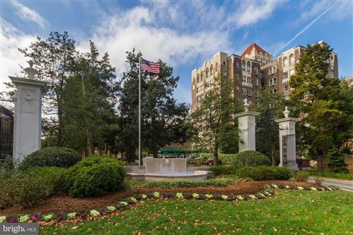 Photo of 4000 CATHEDRAL AVE NW #725B, WASHINGTON, DC 20016 (MLS # DCDC452030)