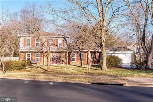 Photo of 9216 ARABIAN AVE, VIENNA, VA 22182 (MLS # VAFX1173032)