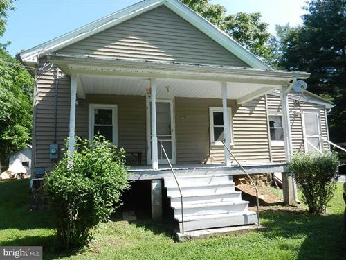 Photo of 19776 LINCOLN RD, PURCELLVILLE, VA 20132 (MLS # VALO429034)