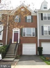 Photo of 43009 BEACHALL ST, CHANTILLY, VA 20152 (MLS # VALO387036)