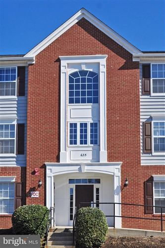 Photo of 635 CONSTELLATION SQ SE #D, LEESBURG, VA 20175 (MLS # VALO432036)