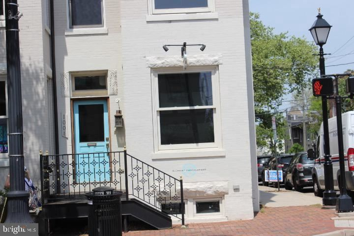 Photo of 1001 KING ST, ALEXANDRIA, VA 22314 (MLS # VAAX259036)