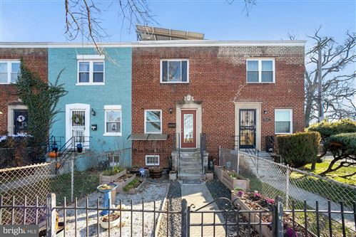 Photo of 2537 N CAPITOL ST NE, WASHINGTON, DC 20002 (MLS # DCDC505038)