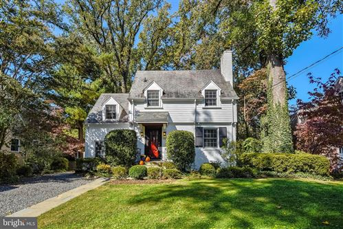 Photo of 5407 LAMBETH RD, BETHESDA, MD 20814 (MLS # MDMC728038)