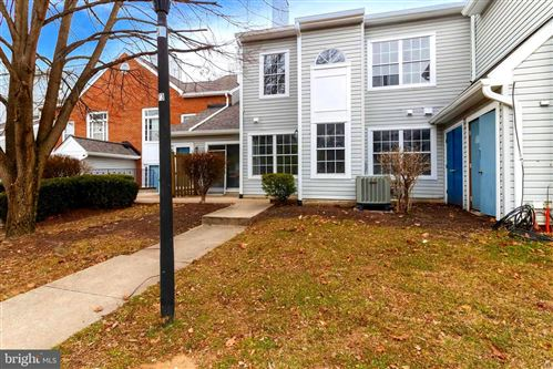 Photo of 8620 DEVON HILLS DR, FORT WASHINGTON, MD 20744 (MLS # MDPG594040)
