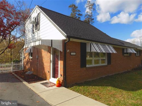 Photo of 104 LAMPETER RD, LANCASTER, PA 17602 (MLS # PALA143040)