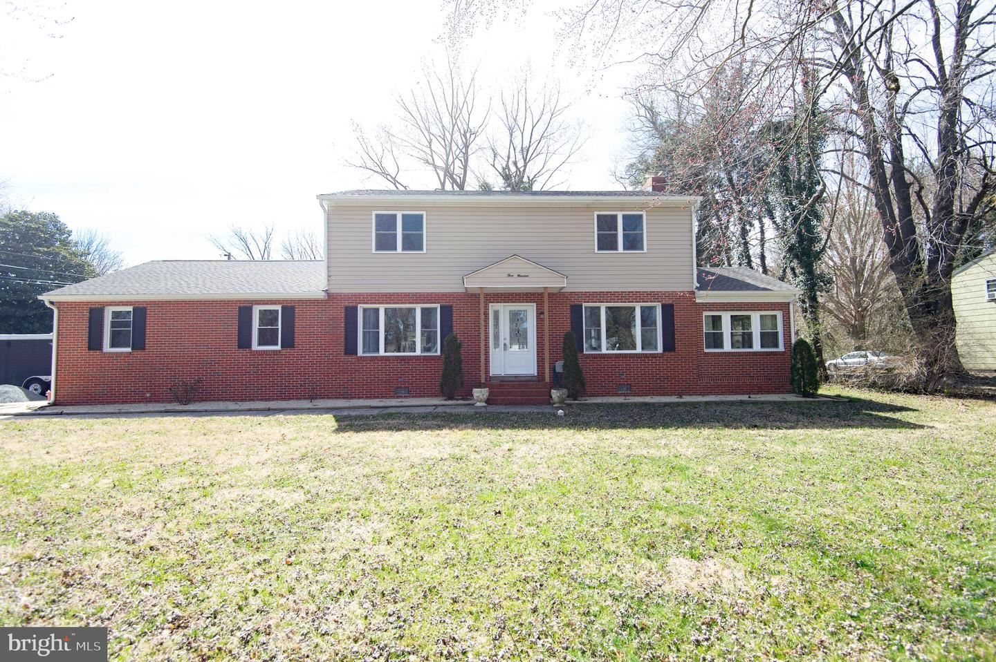 Photo for 300 SANDY HILL RD, CAMBRIDGE, MD 21613 (MLS # MDDO127042)